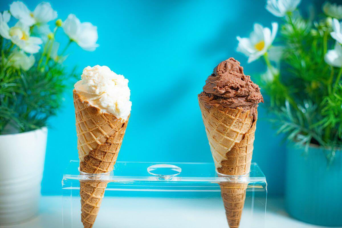 bu hissede a klass dondurmalari qeyd edilib. a klass dondurmalar lezzetlidi